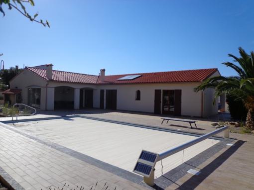 Villa 2 panneaux ballon eau chaude solaire